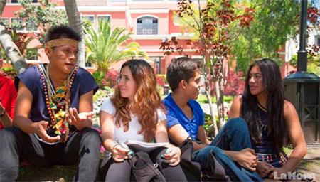 La diversidad étnica también está en las universidades